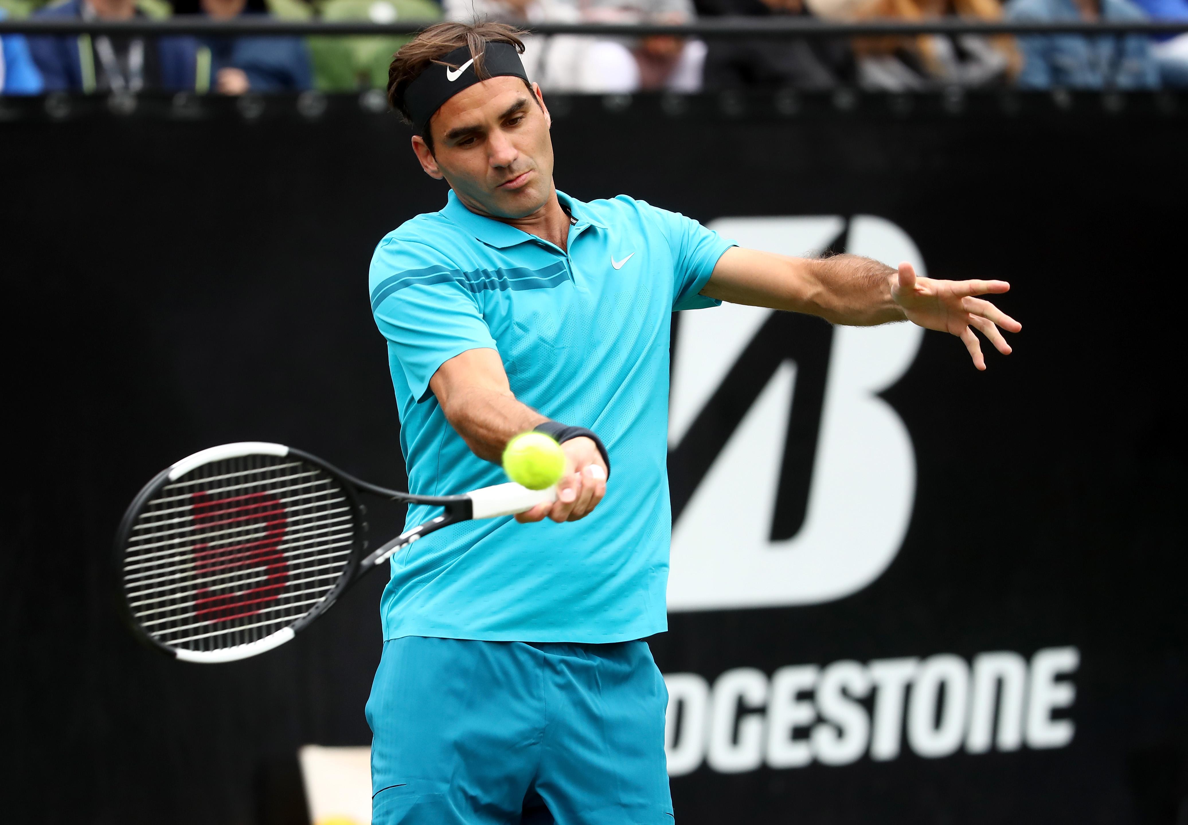 Federer Makes Winning Start to Grass Court Season in Stuttgart
