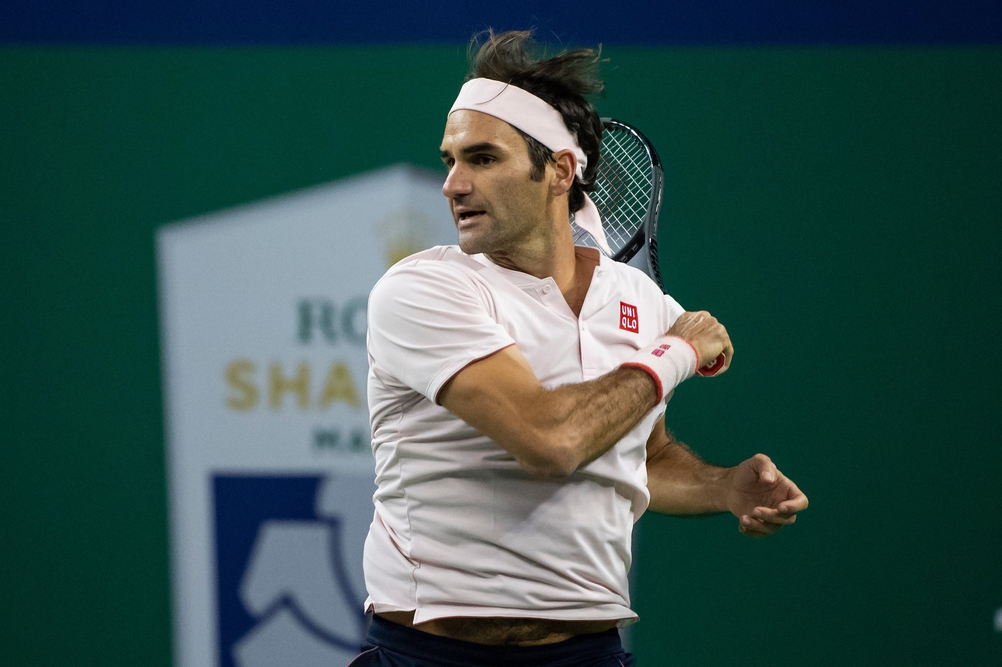 Federer Overcomes Nishikori to Reach Shanghai Masters Semifinals